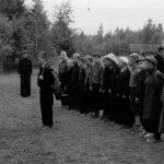 Коля Головчинер: Рапорт дежурному. Коля в центре, 1957г.