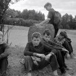 Коля Головчинер: В Пушкинских горах. Коля третий слева, 1960г.