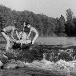 Коля Головчинер: Каменная гряда на Плюссе. Коля справа, 1960г.