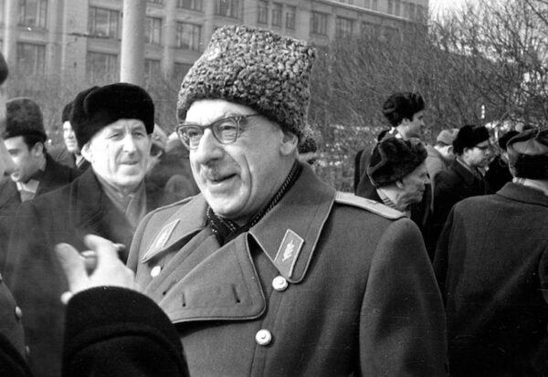 130 лет Караеву